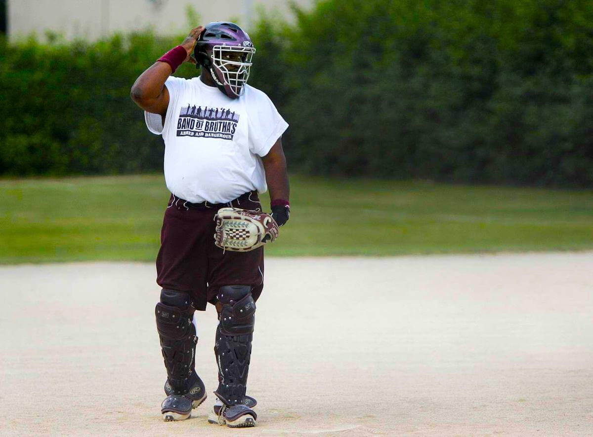 """Featured image for """"Slow Pitch Softball Pitching Tips: From the experts"""""""